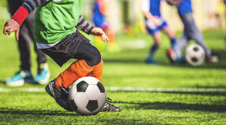 Ravenna, genitore insulta baby calciatore e la squadra se ne va